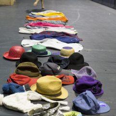 Des accessoires pour le théâtre en chantier